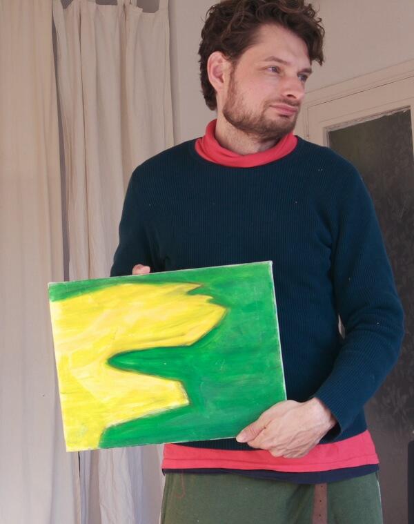 schilder Coen Janssen toont zijn schilderij
